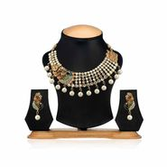 Oleva Pearl Necklace Set with Earrings_Opn1 - Gold & Silver