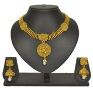 Pourni Stylish Brass Necklace Set_Prnk62 - Golden