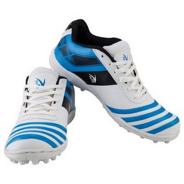 V22 Trax Cricket Shoes White & Blue Size - 5