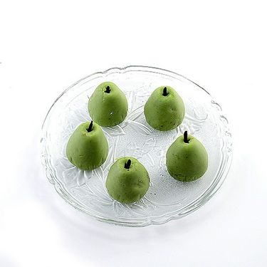 Stuffed Kajoo Pears with Free Laxmi Ganesh Coin_DRM1418