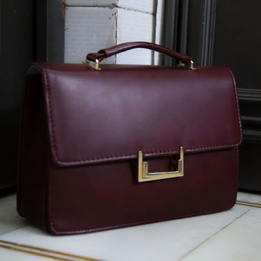 Arisha Women Handbag Maroon -Lb236