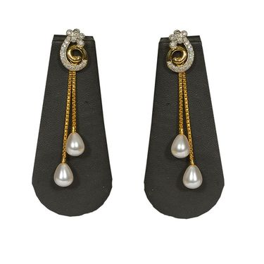 Pourni Stylish Brass Earring_Prer05 - Golden