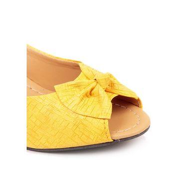 Ten Faux Leather 250 Bellies - Yellow