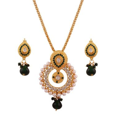Variation Green Stunning Pearl Pendant With Earrings_Vd15754