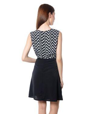Meira Printed Crepe Women's Dress - Black _ MEWT-1181-A-Black